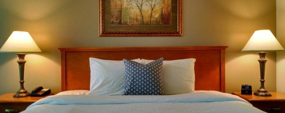 Arrowwood_Okoboji_New_Room.jpg